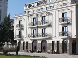 Milano Hotel, hotel in Burgas