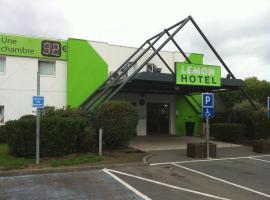 Lemon Hotel - Tourcoing, hotel near La Piscine Museum, Tourcoing