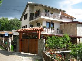 Risto's Guest House, hotel near Gradishte 1 Beach, Ohrid