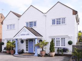 White-Sails, hotel near Stratford-upon-Avon Racecourse, Stratford-upon-Avon