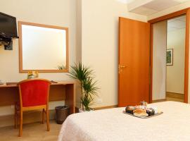 Hotel Fortuna, hotel in Ancona