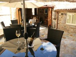 Casa Camino Turismo Rural, hotel in Palas de Rei