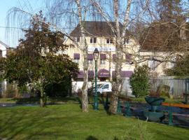 Le Relais, hotel near Senonais Golf Course, Courtenay