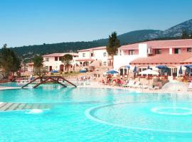 Club Esse Cala Gonone, отель в Кала-Гононе