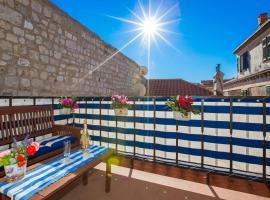 Luxury Apartment Paulina, budget hotel in Dubrovnik