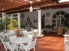 Hotel Villa Augustus, hotel a Città di Lipari