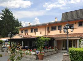 Villa Artemis, hotell i Nemi