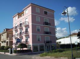 Hotel Rosa Meublé, hotel a Porto San Giorgio
