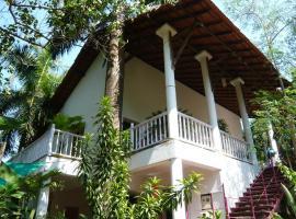 Michèle's Garden, hotel near Anjuna Flea Market, Anjuna