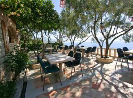Villa Segetski Dvori, family hotel in Trogir