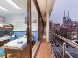 Hostel Bureau, hotel in Zagreb