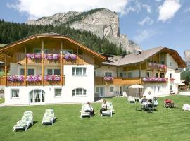 Garni La Majon, hotel in Selva di Val Gardena