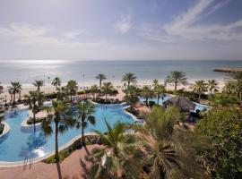 Mövenpick Hotel & Resort Al Bida'a, hotel in Kuwait