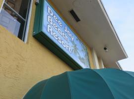 Dee Jay Beach Resort, hotel in Lauderdale By-the-Sea, Fort Lauderdale