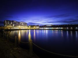 Apex City Quay Hotel & Spa, luxury hotel in Dundee