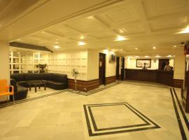 Tex Palazzo Hotel, hotel in Surat