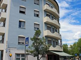 Hotel Everest, hotel near Trento Railway Station, Trento