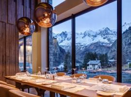 Grand Hotel Courmayeur Mont Blanc, hotel in Courmayeur