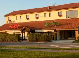 Hotel & restaurant SIGNAL, hotel near Pardubice Airport - PED, Pardubice