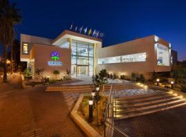 מלון אירוס המדבר, מלון בירוחם
