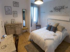 Mamie Jane Motel, hotel in Aix-les-Bains
