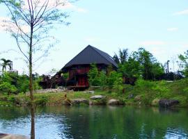 汎水淩山花園民宿,佳林村的飯店