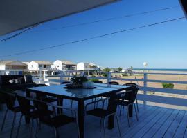 Holiday home Chalet Pleine Vue Sur Mer, holiday home in Gruissan