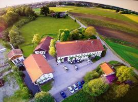 Pension Poschmühle, homestay in Traunreut