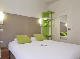 Campanile Paris Ouest - Porte de Champerret Levallois, hotel in Levallois-Perret