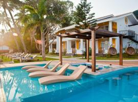 Acron Waterfront Resort, hotel with pools in Baga