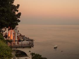 Villa Oliviero, hotel with jacuzzis in Positano