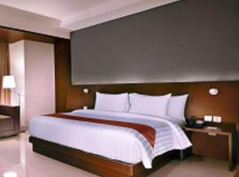Aston Imperial Bekasi Hotel & Conference Center, hotel with pools in Bekasi