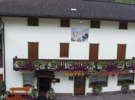 Albergo Valgranda, hotel in Alleghe