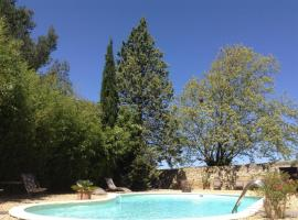 Aux Anges Gardiens, hotel near Carcassonne Golf Course, Carcassonne