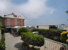 Hotel Lido, hotell i Deiva Marina