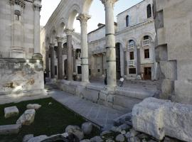 Priuli Luxury Rooms, hotel in Split