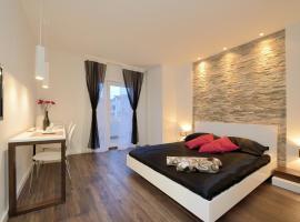 Guest house D&G -I, hotel in Zadar