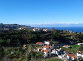AL - Perola Dourada, hotel near Madeira Theme Park, Santana