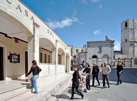 Albergo Casa Del Pellegrino, hotel in Monte Sant'Angelo