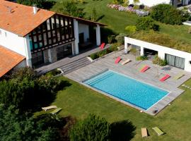 Villa Acotz Lafitenia Resort, boutique hotel in Saint-Jean-de-Luz