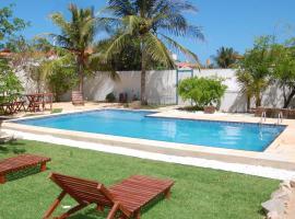 Pousada Marebrisa, hotel with pools in Beberibe