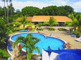 Tropiclub Playa El Cuco, hotel in El Cuco