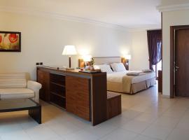 Suites & Residence Hotel, hotel in Pozzuoli