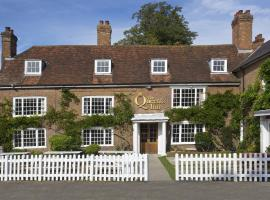 The Queen's Inn, hotel near Great Dixter, Hawkhurst