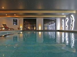 LE M HOTEL & SPA HONFLEUR, hotel in Honfleur