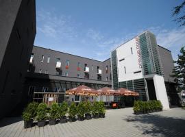 Design Hotel Preuge, hotel in Prievidza