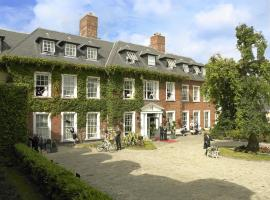 Hayfield Manor, hotel near University College Cork, Cork