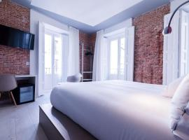 B&B Hotel Madrid Centro Fuencarral 52, hotel near National Library of Spain, Madrid