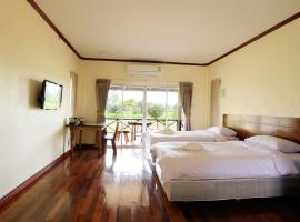 Be Fine Sabuy Hotel and Resort, hotel in Suratthani
