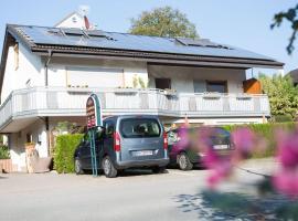 Gästehaus Schechter, serviced apartment in Uhldingen-Mühlhofen